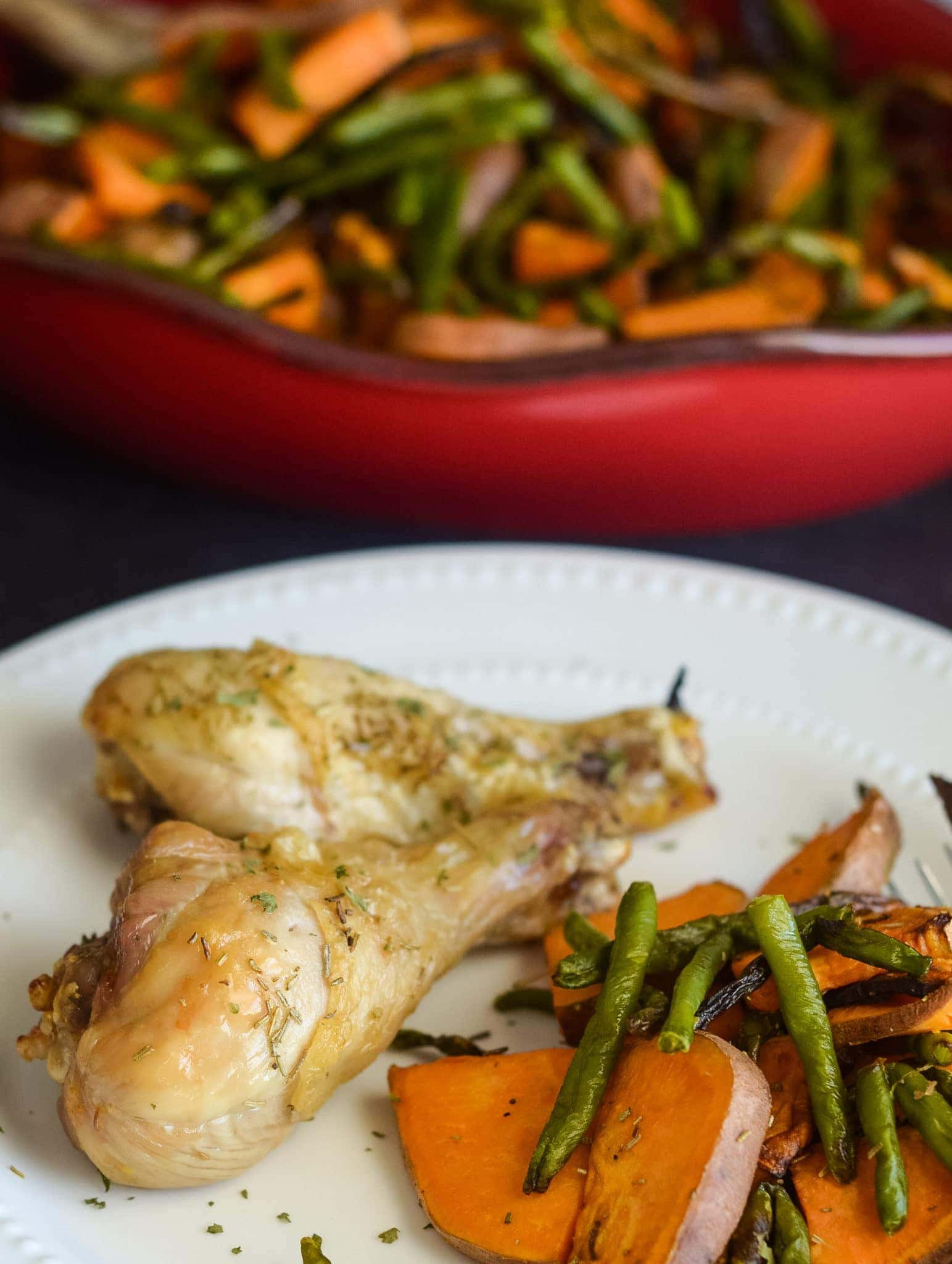 Air Fryer Chicken Drumsticks with Vegetables