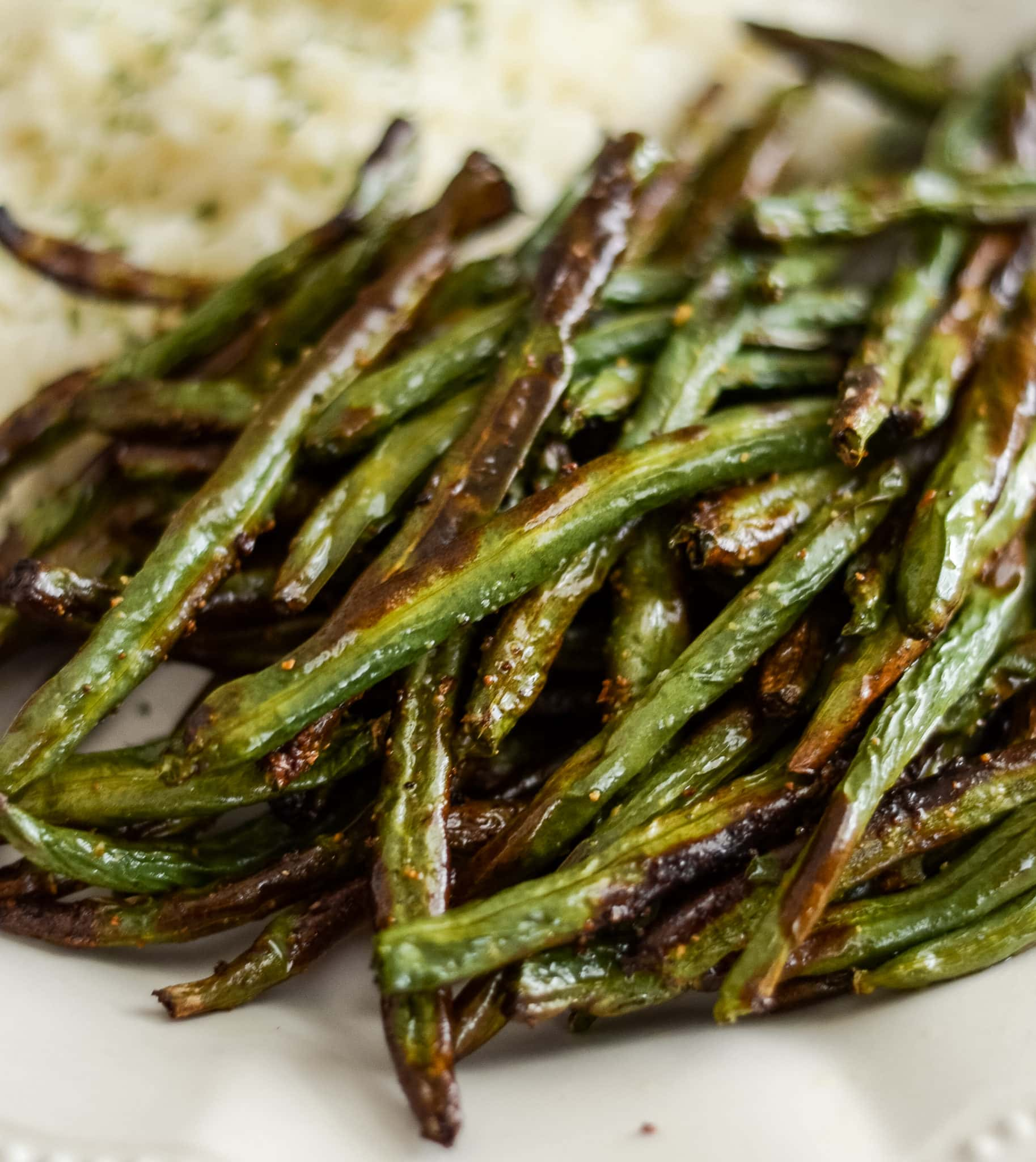 Air Fryer Green Beans (15 Minutes!)