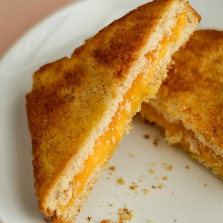Easy Air Fryer Grilled Cheese