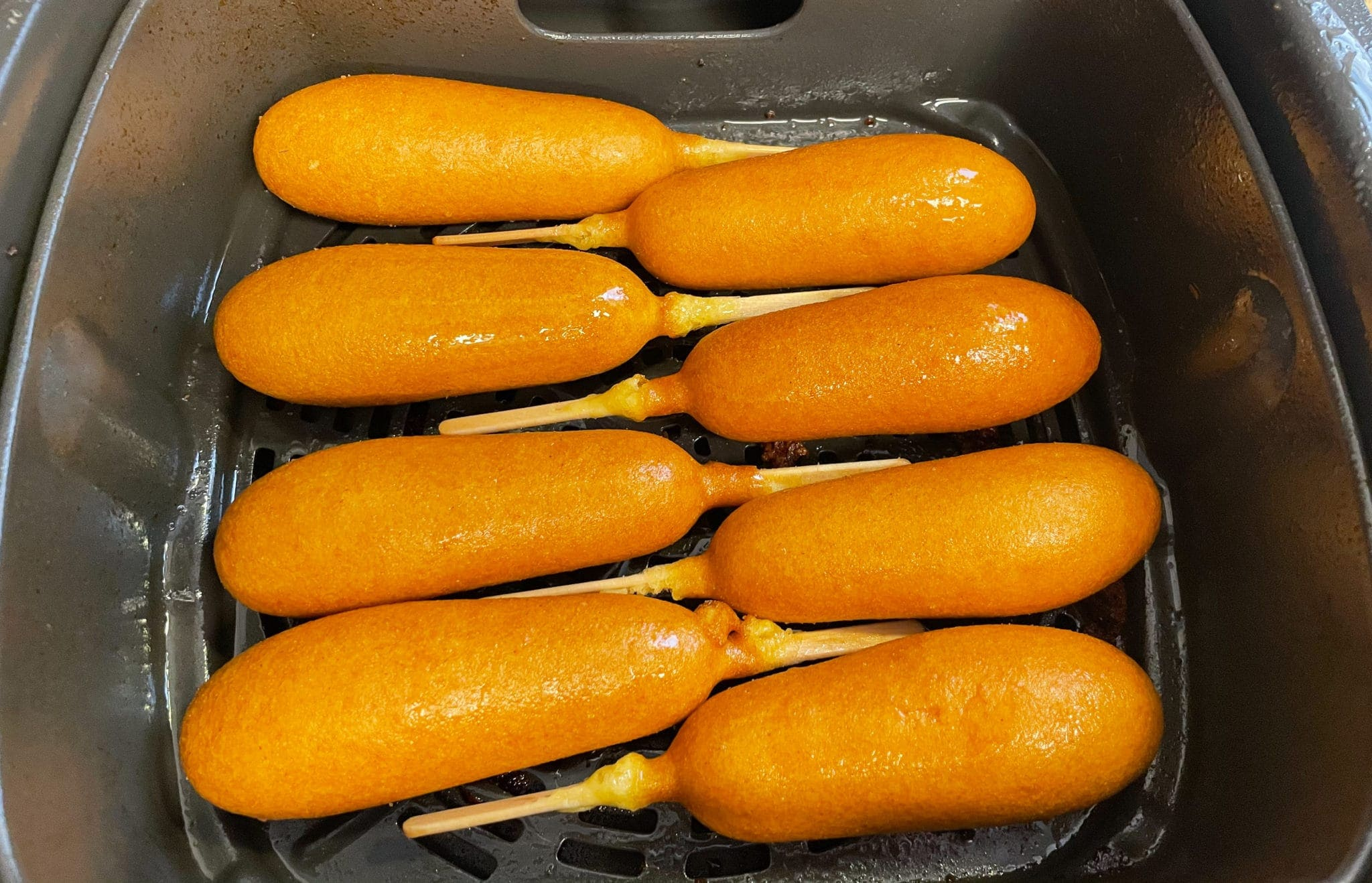 corn dogs in the air fryer